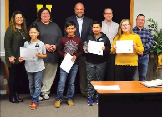 Madill students, board members recognized at monthly meeting